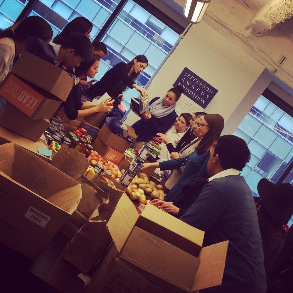 GlobeChangers giving back during GlobeChangers Bootcamp around Hunger & Poverty